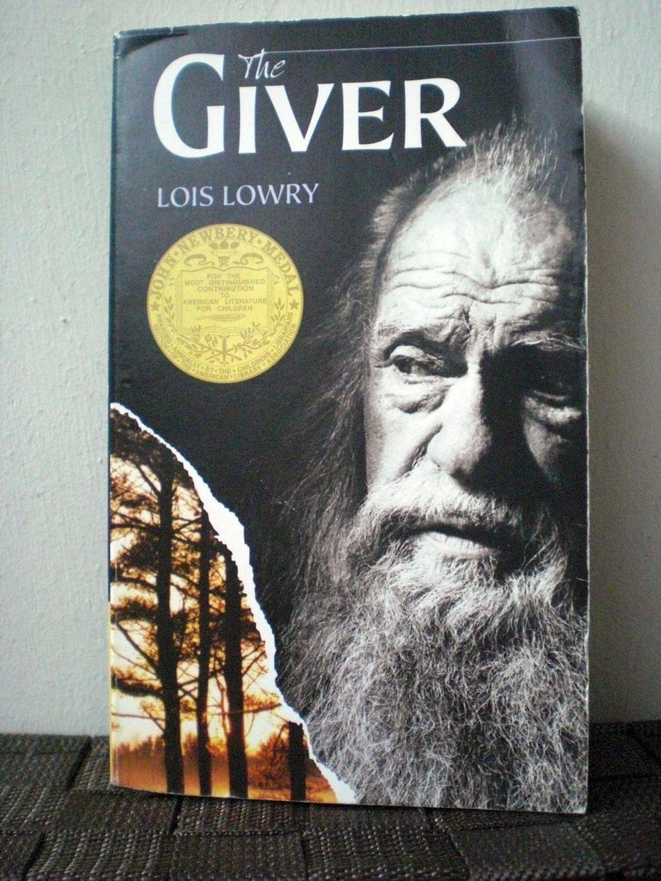 giver essays lois lowry Read this full essay on the giver by lois lowry in lois lowry's, the giver, jonas comes to find who he is through struggles he faces with his family in a dystopian novel the giver, by lois lowry, a 12/13 year boy experiences change from finding out that his community is not as perfect as it seems.