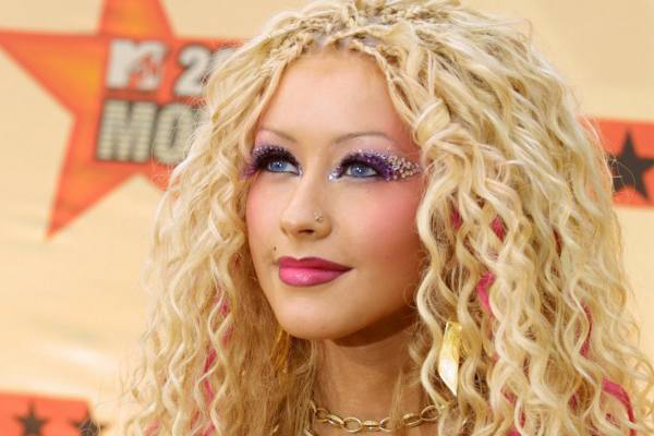 15 Beauty Trends From The Early 2000s That You Wish You ...