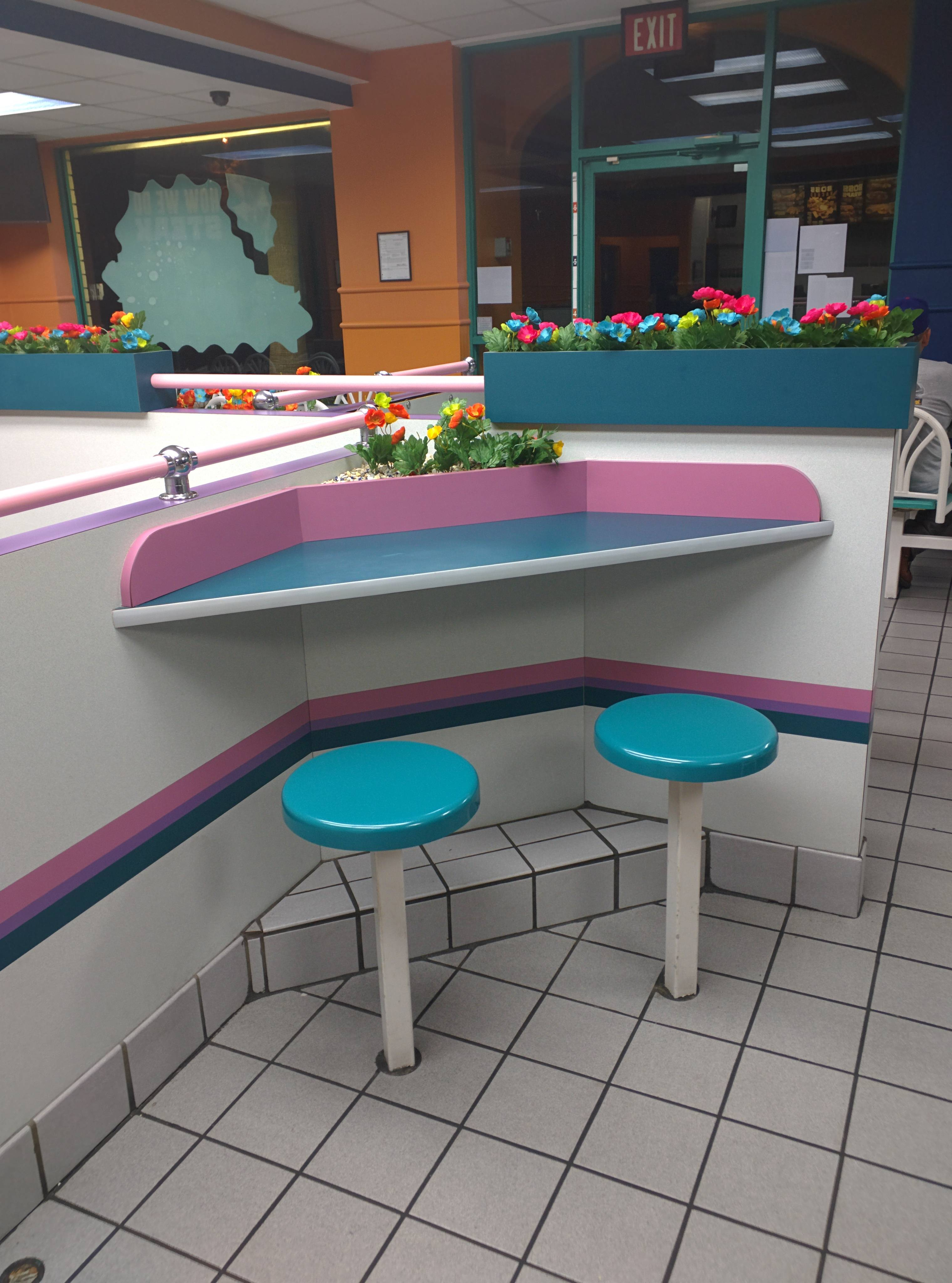 Seeing These Photos Of 90s Fast Food Restaurants Will