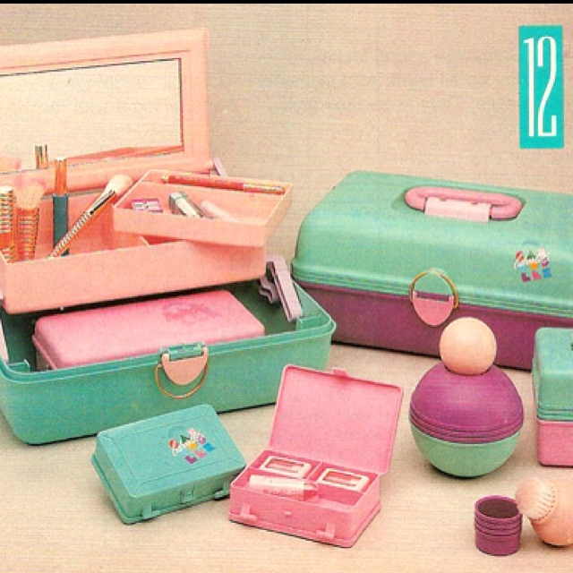 Girly Bedroom Items: 27 Essential Items Every 90s Girl Had In Their Bedroom