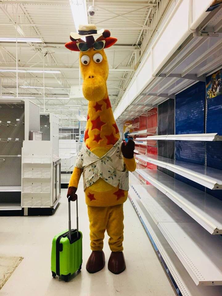 Geoffrey leaving toys r us