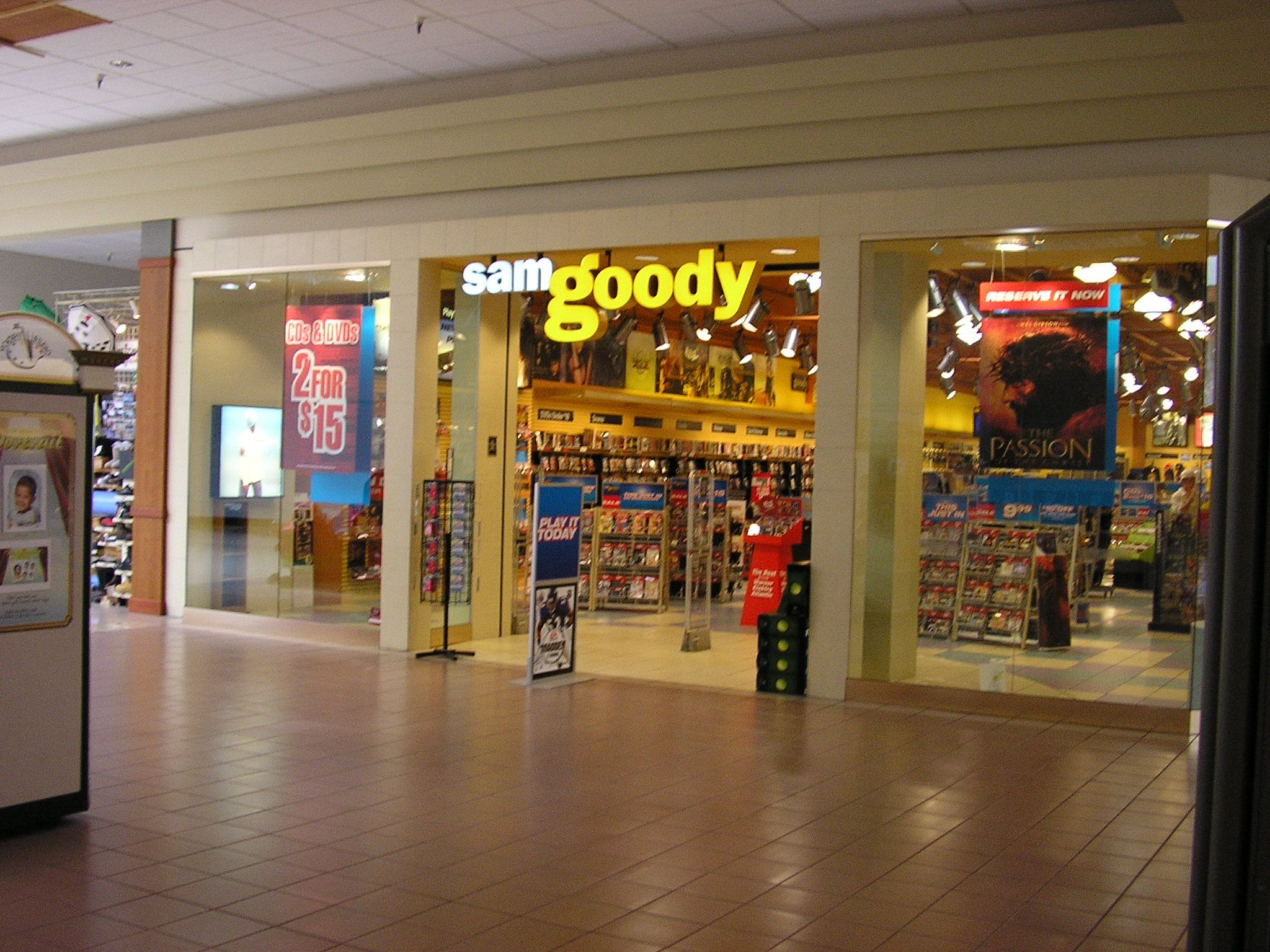 Sam Goody storefront