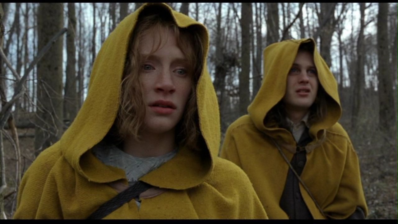 Bryce Dallas Howard in 'The Village'