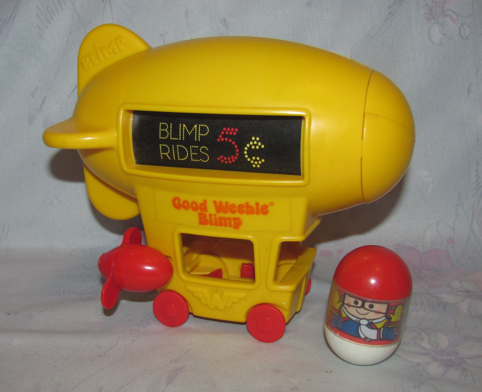 WEebles blimp toy